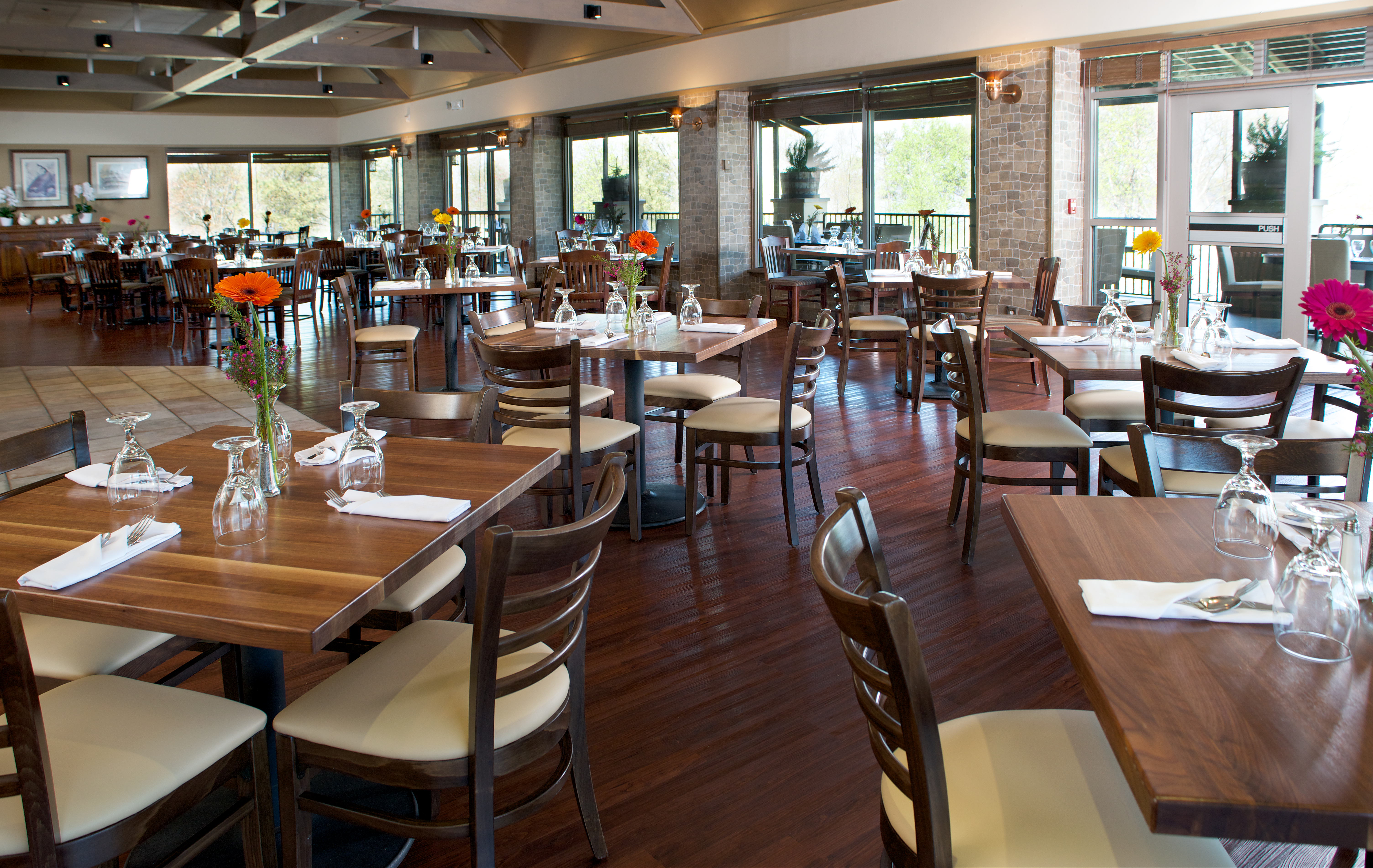Windows-Restaurant-2