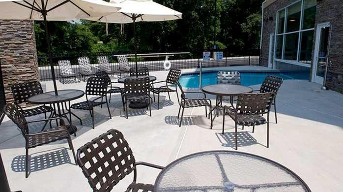 hilton garden inn gainesville pool deck hotel exterior - Hilton Garden Inn Gainesville Ga