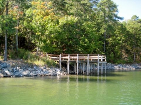 buford-dam-park-pier1-lake-lanier