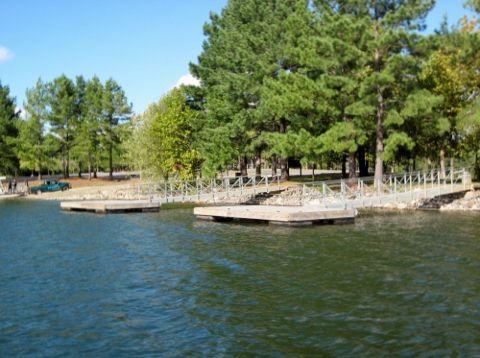 little-hall-park-boat-docks-lake-lanier