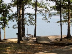 Old Federal Campground Park on Lake Lanier
